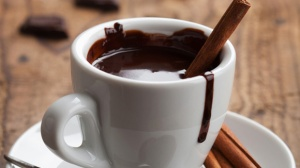 4466af6132f32743da480f70ab964b0b_european-style-hot-chocolate-580x326_featuredImage